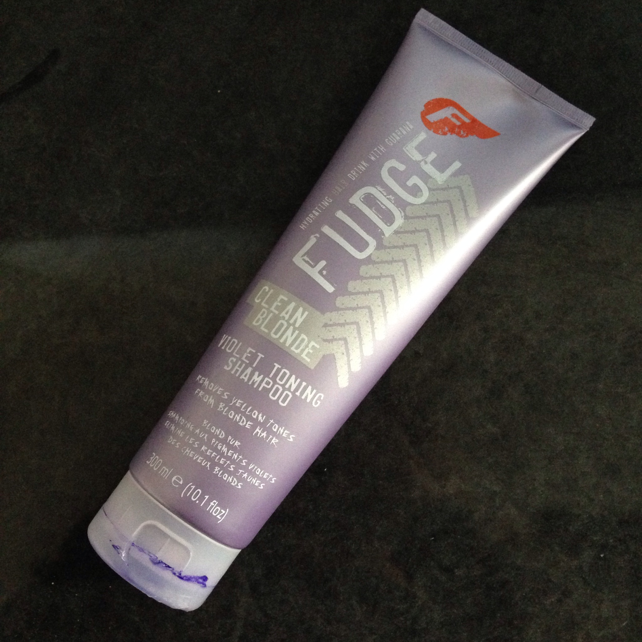 Fudge Clean Blonde Violet Toning Shampoo